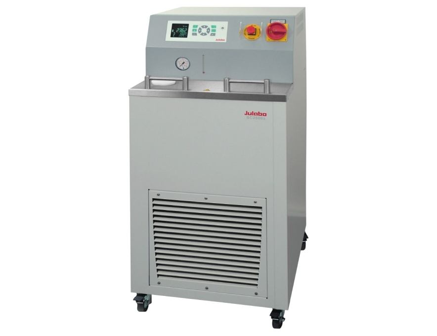 Recirculating Cooler SC2500a from JULABO view 1